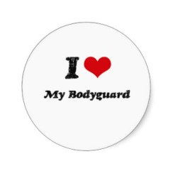 i_heart_my_bodyguard_round_sticker-rc026694f066d471397afeaf9d69b5780_v9waf_8byvr_324