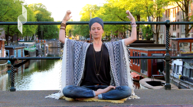 kundalini-yoga-meditation-to-develop-trust-marieke